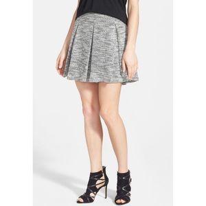 Harlowe & Graham gray pleated knit skirt